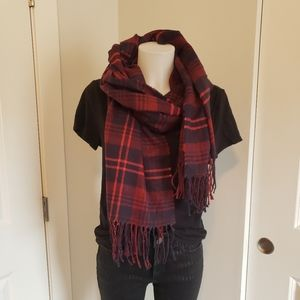Plaid fringe blanket scarf